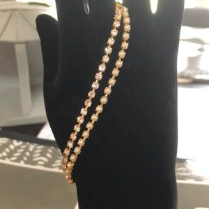 Gold tone pearl and rhinestone bracelet
